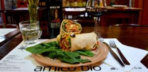 San Valentino:  i migliori ristoranti veg nel mondo offre 100 menu