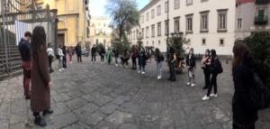Maestri di strada: la cura contro il Covid, per i giovani della città