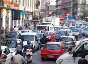 """Napoli: Controlli a tappeto in strada, """"periferie fuori controllo"""""""