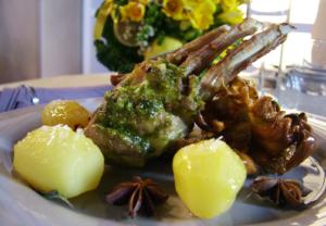 Pasqua: Coldiretti e Ixe', in 4 tavole su 10 l'agnello Salva-Pastori