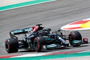 F1:Hamilton-Verstappen che sfida,Sainz corre in casa