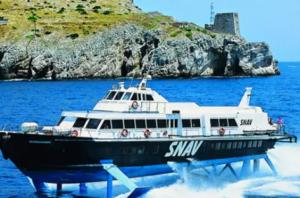 Da oggi Snav riprende collegamenti veloci Napoli-Eolie