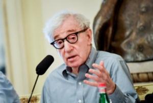 Woody Allen, mia paura? Il futuro del cinema in casa