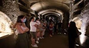 Catacombe di Napoli, turismo da record al rione Sanità
