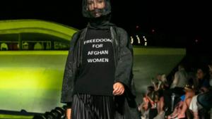 Mchele Miglionico: un Pullover-manifesto a sostegno delle donne Agahane