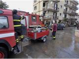 Maltempo: allagamenti e disagi a Napoli, vigili al lavoro